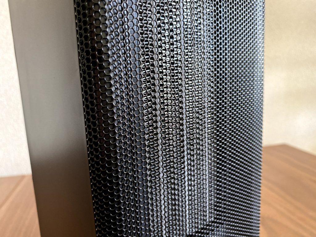 ミニタワー型セラミックファンヒーターの網目