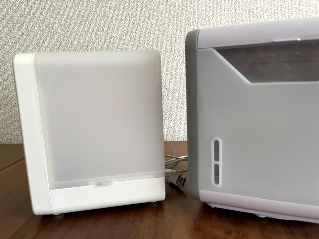 無印良品USB冷風扇MJ-WCF1(左)ここひえR3(右)実際に水を入れてみて比較
